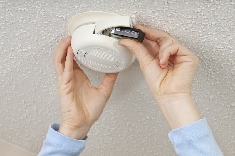 Fairfield Electric Victoria BC replacing a smoke alarm battery